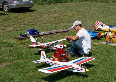 Steve setting up his plane